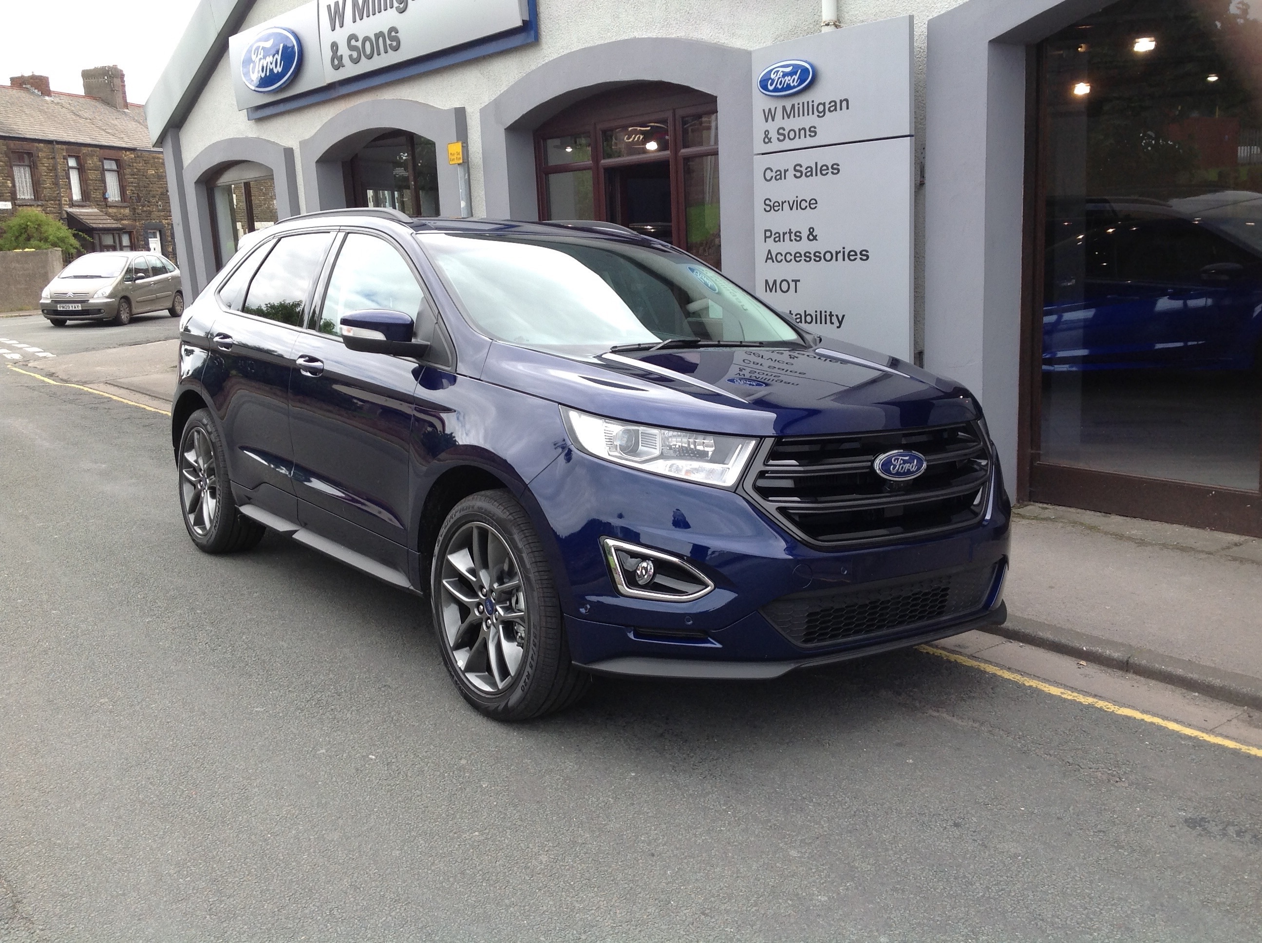 Ford Edge Sport Bhp Automatic In Kona Blue